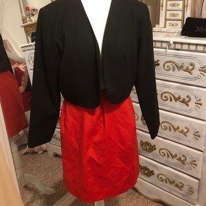 Dresses & Skirts - Vintage skirt and jacket